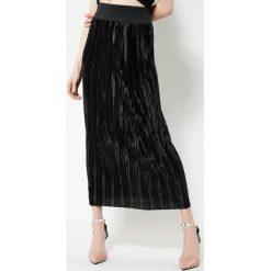 Długie spódnice: Czarna Spódnica Pleated Satin