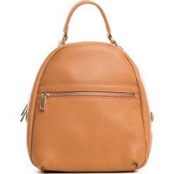 Plecaki damskie: Skórzany plecak w kolorze jasnobrązowym – 27 x 34 x 12 cm