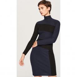 Sukienka w golfem - Granatowy. Niebieskie sukienki Reserved, l, z golfem. W wyprzedaży za 49,99 zł.