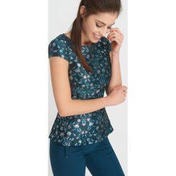 Bluzki damskie: Żakardowa bluzka z wzorem