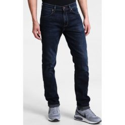 Wrangler GREENSBORO Jeansy Straight Leg el camino. Niebieskie jeansy męskie Wrangler. Za 349,00 zł.