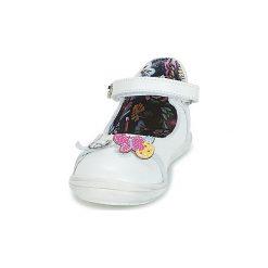 Baleriny Dziecko Catimini  SITELLE. Białe baleriny dziewczęce marki Born2be, z materiału, na sznurówki. Za 295,20 zł.