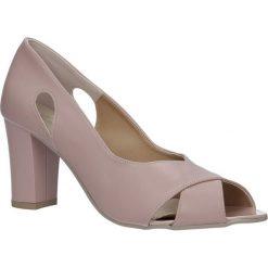 Różowe czółenka na słupku Casu 3000. Czerwone buty ślubne damskie marki Reserved, na wysokim obcasie. Za 89,99 zł.