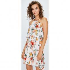 Answear - Sukienka. Szare sukienki mini ANSWEAR, na co dzień, l, z tkaniny, casualowe, na ramiączkach, rozkloszowane. W wyprzedaży za 79,90 zł.