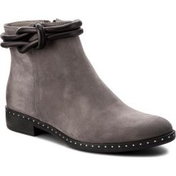 Botki CARINII - B4187/M J51-E50-PSK-C63. Szare buty zimowe damskie Carinii, z nubiku. W wyprzedaży za 209,00 zł.