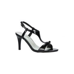 Sandały Jezzi  Czarne sandały szpilki lakierowane  SA124-1. Czarne rzymianki damskie Jezzi, z lakierowanej skóry, na szpilce. Za 79,99 zł.