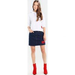Bluzy damskie: Calvin Klein Jeans HARRISON TRUE ICON HOODY Bluza z kapturem bright white