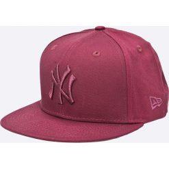 New Era - Czapka. Czerwone czapki z daszkiem męskie New Era. W wyprzedaży za 99,90 zł.
