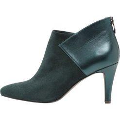 KIOMI Ankle boot dark green. Zielone botki damskie na zamek KIOMI, z materiału. Za 379,00 zł.