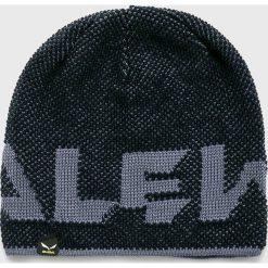 Salewa - Czapka/kapelusz 25109. Czarne czapki zimowe męskie marki Salewa, na zimę, z dzianiny. W wyprzedaży za 99,90 zł.