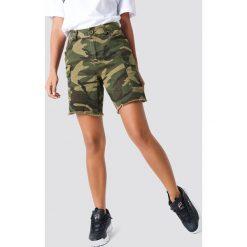 Bermudy damskie: NA-KD Trend Szorty bermudy Army – Green,Multicolor