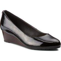 Półbuty CLARKS - Vendra Bloom 261328664 Black Patent Leather. Czarne półbuty damskie lakierowane marki Clarks, z materiału. W wyprzedaży za 219,00 zł.