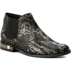 Botki CARINII - B2807 G72-000-000-983. Czarne buty zimowe damskie Carinii, z materiału, na obcasie. W wyprzedaży za 169,00 zł.