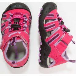 Kamik CRAB Sandały trekkingowe rose. Czerwone sandały chłopięce marki Kamik, z materiału. Za 189,00 zł.