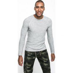 Medicine - Sweter Let's Rebel. Szare swetry klasyczne męskie marki MEDICINE, l, z bawełny, z okrągłym kołnierzem. W wyprzedaży za 99,90 zł.