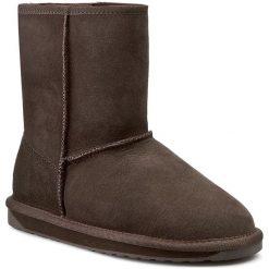 Buty EMU AUSTRALIA - Stinger Lo W10002 Chocolate 2015. Szare buty zimowe damskie marki EMU Australia, z gumy. W wyprzedaży za 439,00 zł.
