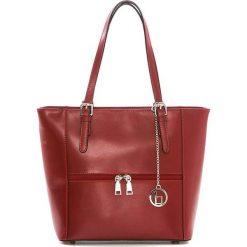 Torebki klasyczne damskie: Skórzana torebka w kolorze czerwonym – 32 x 27 x 16 cm