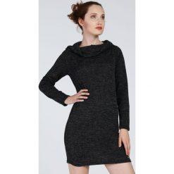 Sukienka - 22-2354 NERO. Czarne sukienki hiszpanki Unisono, uniwersalny, z aplikacjami, z elastanu, z długim rękawem, proste. Za 59,00 zł.