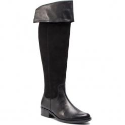 Muszkieterki CAPRICE - 9-25518-21 Black Comb 019. Czarne buty zimowe damskie Caprice, z nubiku. W wyprzedaży za 379,00 zł.