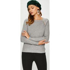 Answear - Sweter. Szare swetry klasyczne damskie marki ANSWEAR, l, z dzianiny, z dekoltem w łódkę. W wyprzedaży za 99,90 zł.