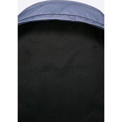 Nike - Plecak. Różowe plecaki męskie marki Nike Sportswear, l, z nylonu, z okrągłym kołnierzem. W wyprzedaży za 169,90 zł.