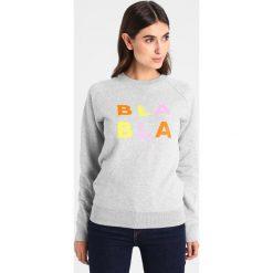 Bluzy rozpinane damskie: Amorph Berlin PRINT BLA BLA Bluza grey/yellow/orange/pink