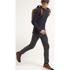 Won Hundred DEAN  Jeansy Slim Fit charcoal. Szare jeansy męskie relaxed fit Won Hundred. Za 569,00 zł.