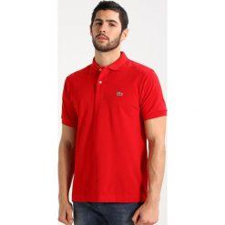 Lacoste CROCODIL Koszulka polo rouge. Czerwone koszulki polo Lacoste, m, z bawełny. Za 409,00 zł.