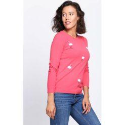 Koralowy Sweter Cyber World. Pomarańczowe swetry klasyczne damskie marki Born2be, l, z okrągłym kołnierzem. Za 59,99 zł.