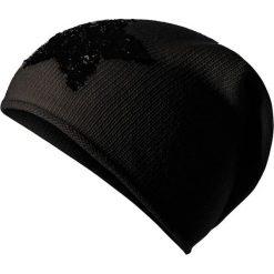 Czapki zimowe damskie: Czapka beanie w kolorze czarnym