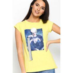Bluzki, topy, tuniki: Żółty T-shirt Added Value