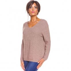 """Sweter """"Carmen"""" w kolorze szarobrązowym. Brązowe swetry oversize damskie marki So Cachemire, s, z kaszmiru. W wyprzedaży za 173,95 zł."""