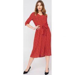 Długie sukienki: Just Female Długa sukienka Ellen - Red,Multicolor