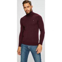 Guess Jeans - Sweter. Brązowe golfy męskie Guess Jeans, l, z aplikacjami, z dzianiny. Za 329,90 zł.