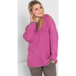 Swetry oversize damskie: Sweter w kolorze różowym