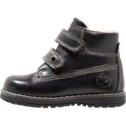 Primigi Botki nero. Czarne buty zimowe damskie Primigi, z materiału. W wyprzedaży za 168,35 zł.