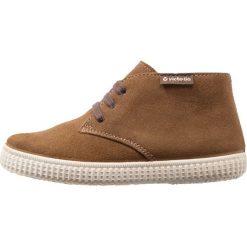 Buty sportowe dziewczęce: Victoria Shoes SAFARI SERRAJE Sznurowane sportowe whisky