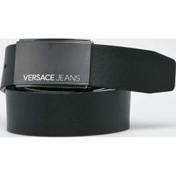 Versace Jeans - Pasek skórzany. Czarne paski męskie Versace Jeans, w paski, z jeansu. W wyprzedaży za 349,90 zł.