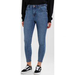New Look HIGHRISE DISCO PETUNIA  Jeans Skinny Fit mid blue. Czarne jeansy damskie marki New Look, z materiału, na obcasie. Za 139,00 zł.
