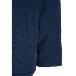 Benetton HEAVY Kurtka zimowa dark blue. Niebieskie kurtki chłopięce zimowe marki Benetton, z materiału. W wyprzedaży za 149,50 zł.