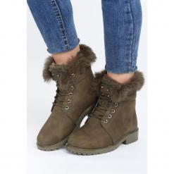 Khaki Traperki Respectable. Brązowe buty zimowe damskie marki Born2be, z materiału, z okrągłym noskiem, na obcasie. Za 99,99 zł.