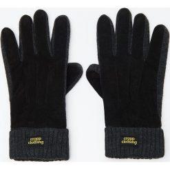 Rękawiczki ze skórzanymi detalami - Czarny. Czarne rękawiczki męskie marki Cropp. Za 59,99 zł.