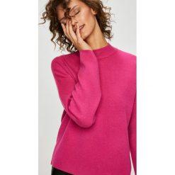 Vero Moda - Sweter Tasty. Różowe swetry klasyczne damskie marki Vero Moda, l, z dzianiny. W wyprzedaży za 129,90 zł.