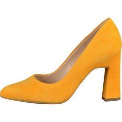 Peter Kaiser KAROLIN Szpilki yellow. Żółte szpilki Peter Kaiser, z materiału. W wyprzedaży za 543,20 zł.