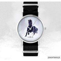 Zegarek - Czarny koń - czarny, nato, unisex. Czarne zegarki męskie Pakamera. Za 129,00 zł.