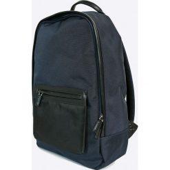 Clarks - Plecak. Czarne plecaki damskie marki Clarks, z materiału. W wyprzedaży za 179,90 zł.
