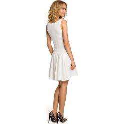 ROSE Gładka sukienka bez rękawów - ecru. Czerwone sukienki rozkloszowane Moe, bez rękawów. Za 179,00 zł.