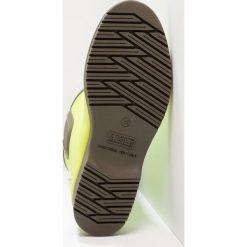 Aigle EGOA Kalosze kiwi/khaki. Brązowe buty zimowe damskie Aigle, z materiału. Za 209,00 zł.