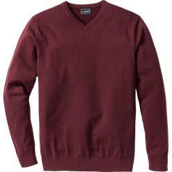 Swetry klasyczne męskie: Sweter z dekoltem w serek Regular Fit bonprix czerwony klonowy