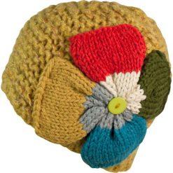 Czapka damska z Wielkim Kwiatem żółta. Żółte czapki zimowe damskie marki Art of Polo. Za 49,91 zł.